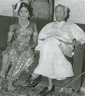 முன்னாள் குடியரசுத் தலைவர் ராதாகிருஷ்ணன் அருகே சுவர்ணமுகி